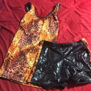 Bal Togs Other - Sparkly leopard print dance costume